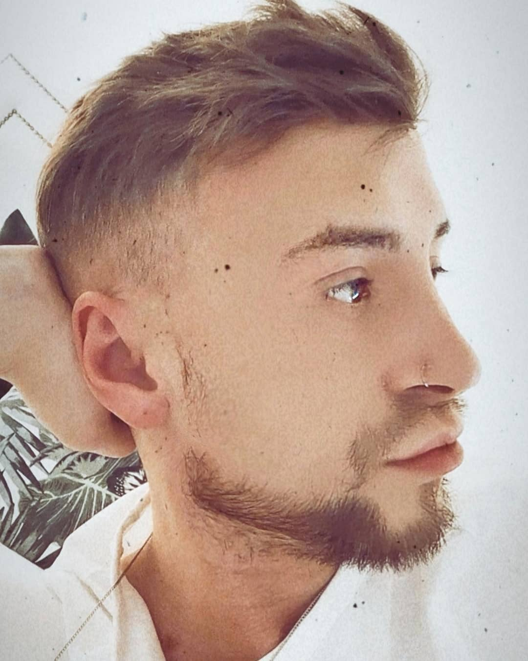 How To Choose The Blonde Highlights For Men
